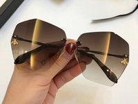Wholesale golden connections - Luxury 0310 Sunglasses For Women Brand Design Popular Fashion Summer Style With The Bees Top Quality UV400 Connection Lens Come With Case