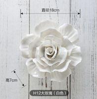 flores rosas de ceramica al por mayor-Cerámica grande Rosas decorativas flor de pared platos de porcelana placa decorativa vintage decoración del hogar artesanía artesanías decoración de la habitación