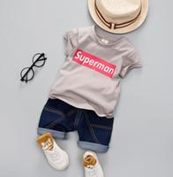 bebek süpermen setleri toptan satış-2018 Yaz Bebekler Çocuk Giysileri Set Bebek Erkek Giyim Setleri 2 adet Superman T-Shirt + Şort Çocuk Pamuk Kıyafetler Giyim Suit 3937
