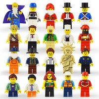Wholesale toy building block pirates - 20 Style 1621 building blocks 2018 New children Urban occupation Santa Claus pirate firemen Movable Action Figure Minifig Toys B
