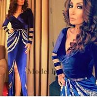 бархат сексуальный v шея синий оптовых-Роскошные бархатные вечерние платья с длинными рукавами V-образным вырезом Sexy Split Royal Blue Party Prom Dresses женские вечерние платья для театрализованного представления