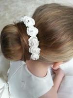 anéis de cabelo flor menina venda por atacado-VENDA QUENTE ANEL DE CABELO de CAVALO GARLAND SENHORITA FLORISTA ROSAS RESSINHOS ACESSÓRIO fita de cetim laço de cabelo 20 pcs /