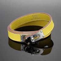 lederarmbänder für männer großhandel-Geprägtes Leder Design aus echtem Leder Armband mit H-Niete in vielen Farben Einstellbare Größe CDC Armband für Frauen und Männer Mode Jewe