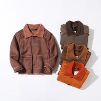 china de qualidade venda por atacado-Botão Decoração Estilo Coreano Crianças Parka 2018 Novo Inverno Moda Jaquetas Da Pele Semelhante Meninos de Alta Qualidade China-importados-roupas