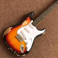 ingrosso marche della chitarra della porcellana-Commercio all'ingrosso nuovo fen st chitarra elettrica personalizzata / marca oem Sunburst colore gitaar / guitarra in cina. reliquie a mano. Spettacoli di foto reali