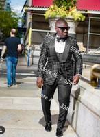 ingrosso pantaloni black dot-Nuovo stile Groomsmen nero con smoking dot bianco smoking dello scialle con risvolto, abiti da uomo, lato sfiato, matrimonio / ballo, miglior uomo (giacca + pantaloni + cravatta + gilet) L3