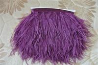 zierfedern lila großhandel-Kostenloser Versand lila Straußenfedern Trimmen Franse Straußenfedern Fransen Feder Trim 5-6 Zoll in Breite für Nähen / Handwerk customes