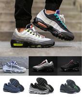 en iyi atletik erkekler spor ayakkabıları toptan satış-Damla Nakliye Yüksek Kalite Yeni Erkek Spor 95 Koşu Ayakkabı Siyah Beyaz Erkekler iyi Atletik yürüme Tenis Ayakkabıları Grey Man Eğitim Sneakers