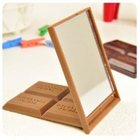 Wholesale mini mirror frame - Cute Chocolate Cookie Shaped Square Pocket Mirror Mini Foldable Makeup Mirror Women Cosmetic Tool At Home DDA490