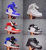 botas altas negras para niñas al por mayor-Zapatos de baloncesto para niños pequeños 1 Zapatillas de deporte para niños Top 3 Negro Blanco Rojo Botas de alta calidad Niños Niñas Retros 1s Zapatos deportivos Eur 28-35