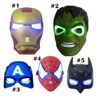 ingrosso caschi airsoft nero-Christmas LED Glowing maschera da supereroe per bambini adulti Avengers Marvel spiderman ironman captain america hulk party mask