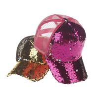 peruk kaplama rengi bej toptan satış-Mermaid Sequins Şapka Glitter At Kuyruğu Beyzbol şapka Kız Softbol şapkalar arka delik Pony Tail Glitter Örgü Beyzbol Şapkası Şapka 50