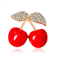 elmas saplı kirazlar toptan satış-Moda Kırmızı Emaye Kiraz Bitki Kadın Çocuklar Için Broşlar Rhinestones Broş Korsaj Küçük Buket Başörtüsü Pimleri ve Broches Takı