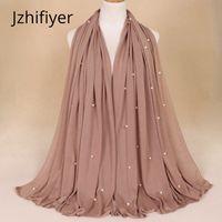 bufanda de perlas musulmanes al por mayor-jersey único bufanda de poliéster hijab musulmán cubierta de la cabeza bandana mujer perla llano robó capa para mujer árabe 180g 21 colores bufanda