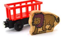 tren de madera magnético al por mayor-Vehículos de juguete de madera Trenes de madera Modelo de juguete Tren magnético Grandes niños Juguetes de Navidad Regalos para niños, niñas, cuatro estilos