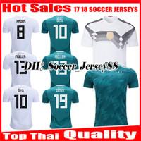 camisa de uniforme blanco al por mayor-2018 Camiseta de fútbol 2019 MULLER OZIL KROOS Copa del mundo en casa blanco visitante verde 18 19 GOTZE REUS HUMMELS Alemania uniformes jerseys camiseta de fútbol