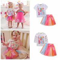 ingrosso camicie di gonne poco-Baby Princess Outfits Little Girls Shirt + Rainbow Skirts 2 pezzi set È il mio giorno di compleanno lettera Stampa vestito 1-6T