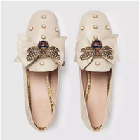 Wholesale pearl massage - 2018 spring fashion designer women Loafers leather shoes Pearl flat shoes, driving shoes Luxury brand mujer