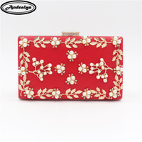 Wholesale pearls purses clutches - Andralyn Fashion Evening Bags Ladies Pearl Appliques Flower Clutch Bag Brand Wedding Purse Party Banquet Shoulder Messenger Bags