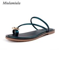 strass verdes sandálias planas venda por atacado-Miulamiula Sandálias de Verão das Mulheres da Moda Strass Slip-On Concise mulher celebridade sapatos US5-8.5 Preto Verde