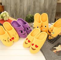 ingrosso pantofole per bambini-Ciabatte Emoji calde a 5 interni Ciabatte a casa sveglie Emoticon smiley Grandi bambini Donna Pantofole divertenti Fuzzy per adulti