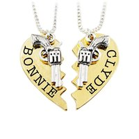 Wholesale friends friendship - 1 Pair 2pcs Bonnie Clyde Pendant Necklaces Guns Heart Friendship Best Friends Forever Keepsake Gift free shipping
