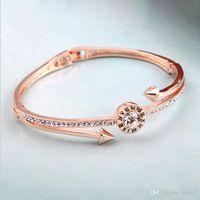bracelet en diamant uni achat en gros de-La mode créative Europe et les États-Unis la nouvelle mode bijoux diamant percer lettrage bracelet bracelet ongles usine directe