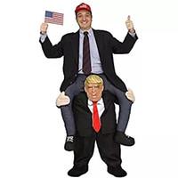 eine figurine großhandel-Lustiges Doppelpol, Aufsitzschulter, Einheitsgröße Herr Präsident / Weihnachtsmann - Fahrt auf den Schultern von Trump