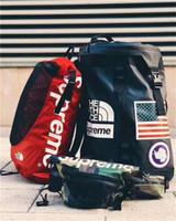 dış mekan seyahat sırt çantaları toptan satış-2018 Sırt Çantası YÜZ Severler Seyahat Duffel Çanta Okul Omuz Çantaları Sayfalar Sacks Spor Sırt Çantaları Açık Çanta Ücretsiz Kargo
