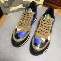imagen de zapatillas al por mayor-Imagen real Camos Diseñador de moda zapatos de hombre zapatos de lona de remache zapatos para correr cómodos Sping Autumn hombre zapatillas Plus Szie EU38-46
