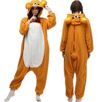 pijamas de desenhos animados adultos venda por atacado-Dos desenhos animados Adulto Rilakkuma Pijamas Animal de Lã Homewear Macacão Unisex Onesie Rilakkuma Pijamas Trajes Cosplay Dia Das Bruxas