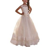 dantel şifon küçük kız elbisesi toptan satış-Güzel Dantel Yay Kanat Scoop Beyaz Küçük Kızlar Parti Pageant elbise Tül Tutu A-Line Çiçek Kız Elbise Şifon İlk Communion Elbise