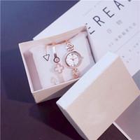 ingrosso fortunati orologi-Kpop Watch Bangle Set Argento Bracciale in oro catena Lucky Ciover-A e triangolo bracciale Bangle rosa quadrante con scatola