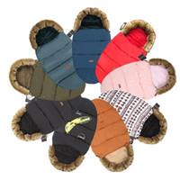 bolsa de dormir para bebé colcha al por mayor-Saco de dormir de capullo de bebé anti-patada para otoño e invierno más terciopelo edredón de algodón acolchado doble para niños