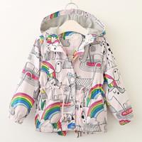 baby regenbogen mantel großhandel-2018 neue stil baby mädchen wind mantel pferd vogel regenbogen gedruckt kinder Reißverschluss mädchen windjacke kinder herbst mit kapuze kleidung