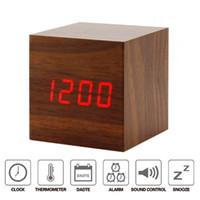 levou madeira despertador digital venda por atacado-Relógio de madeira do cubo do alarme do diodo emissor de luz Mute Relógio digital da temperatura do relógio de cabeceira com função de controle do som
