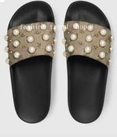 plage unique achat en gros de-2018 pantoufles de perles de bonne qualité sandale hommes femmes chaussons classiques semelle souple sandales vacances d'été plage hôtel pantoufles tendance de la mode