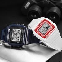 exposição digital do relógio do quadrado preto venda por atacado-Homens ao ar livre Relógio de Pulso À Prova D 'Água Mostrador Quadrado Display Digital Calendário Alarme dos homens Relógio Preto Azul Branco 3 Cores