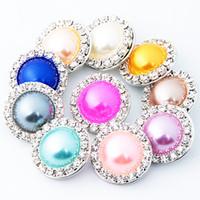 botones de perlas de cristal de moda al por mayor-10 unids / lote moda mujer Rhinestone y perlas de imitación Crystal Snaps botón diy Joyería 18mm jengibre Snap Fit Pulsera collar