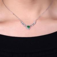 çift kanatlı kolye toptan satış-DOUBLE-R Düzenlendi Zümrüt Kalp Kolye Kolye 925 Ayar Gümüş Melek kanatları Kolye Kadınlar için Moda Güzel Takı