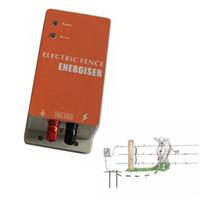 carregadores solares sem fio venda por atacado-ontrol DC 12V Energia Solar Cerca Elétrica Energizer Cercador Elétrico Controlador de Carregador para Pequena Fazenda de Ovelhas Cavalo Gado Urso ...