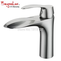 Wholesale brass wash sink - New Lead-Free Solid Brass Exclusive Design Brushed Nickel Single Lever Hot Cold Tap Wash Sink Vanity Mixer Bathroom Sink Faucet