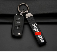 Wholesale SUP Fashion Keychains Luxury Car Key Chain Hip Hop Keychains Lover Keychains High Quality Metal Key Ring Car Pendant Hot Sale