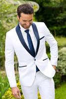 ea3ca4075 Nuevo diseño clásico novio blanco esmoquin padrino de boda mejor traje de  hombre para hombre trajes de boda novio trajes de negocios (chaqueta +  pantalones ...