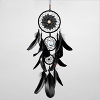 ingrosso camera da letto muri neri-Dreamcatcher Handmade Dream Catcher Net con piume Black Wind Chimes Wall Hanging Car Pendant Ornament Regalo del partito Decorazione della casa