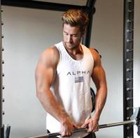 gilets pour hommes achat en gros de-2019 nouveaux hommes gymnases d'été Fitness bodybuilding Débardeur De Mode Hommes Crossfit Vêtements Tight Respirant Sans Manches Chemises Gilet