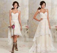 nude lining lace two piece 도매-새로운 섹시한 두 조각 웨딩 드레스 스파게티 레이스 A 라인 웨딩 드레스와 하이 - 로우 짧은 분리 치마 나라 보헤미안 웨딩 드레스