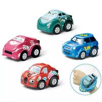 mini voiture rc à distance achat en gros de-Gravity Sensing 4CH voiture de contrôle de voiture RC voitures avec contrôleur de montre portable 4 couleurs cadeau de voiture de contrôle à distance pour les enfants