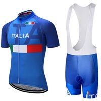 Wholesale italia cycling - 2018 ITALIA TEAM PRO cycling jersey 9D pad bibs shorts set Ropa Ciclismo mens summer quick dry bike shirts Maillots Culotte Sports Outdoors
