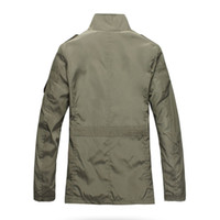 chaquetas coreanas venden al por mayor-Paneles de poliéster Moda Hombres delgados Chaqueta Abrigo Venta caliente Ropa casual 5xl Coreano Confort Otoño Abrigo Necesario Abrigo de primavera